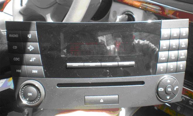 Benz E W211 original CD