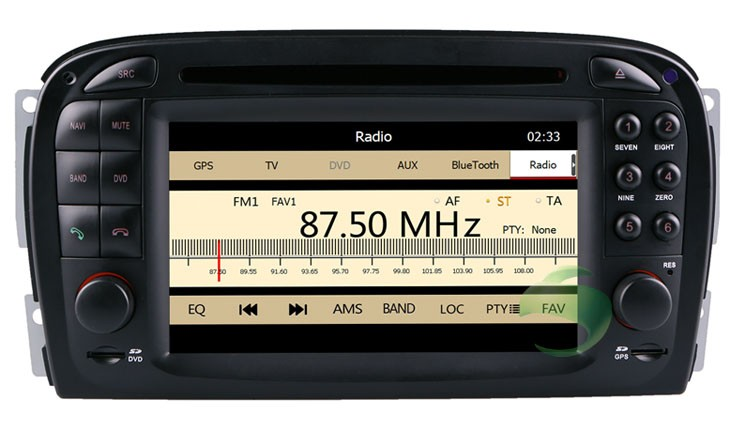 the Mercedes SL R230 dvd player with radio