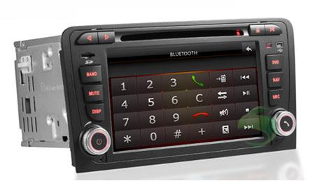 Car autoradio with Bluetooth function