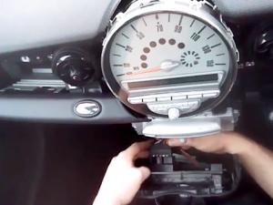 BMW Mini Cooper radio removal step 5