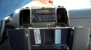 2005-2010 Nissan PATHFINDER Radio installation step 3