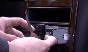 2001-2011 VW Volkswagen MK5 car stereo installation step 4