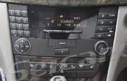 2004-2011 Mercedes-Benz CLS-W219 car stereo installation step 1