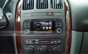 2004 2005 Dodge 2500 Pickup Truck radio after installation